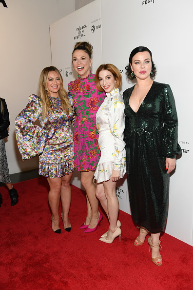 Small Group Of People「Tribeca TV: Younger - 2019 Tribeca Film Festival」:写真・画像(4)[壁紙.com]