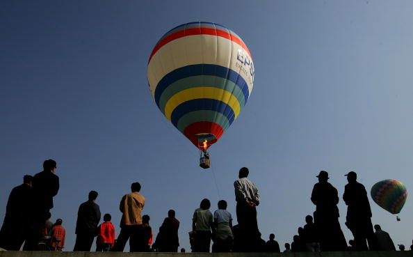 Clear Sky「First Hot Air Balloon Competition In China」:写真・画像(19)[壁紙.com]