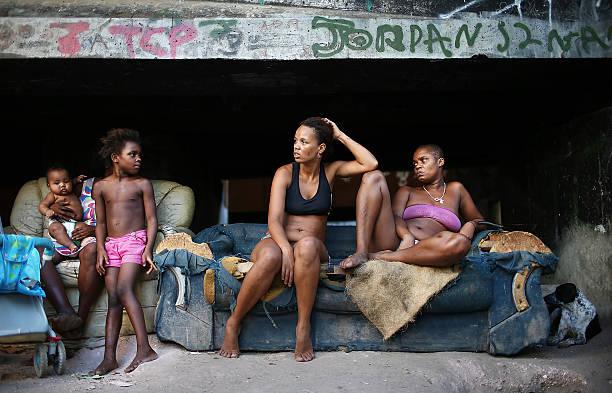 Rio's Complexo da Mare Favelas Remain Unpacified:ニュース(壁紙.com)