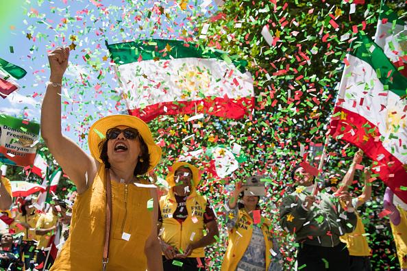 Threats「Iranian-American Activists Demonstrate For U.S. To Pursue Regime Change In Iran」:写真・画像(19)[壁紙.com]