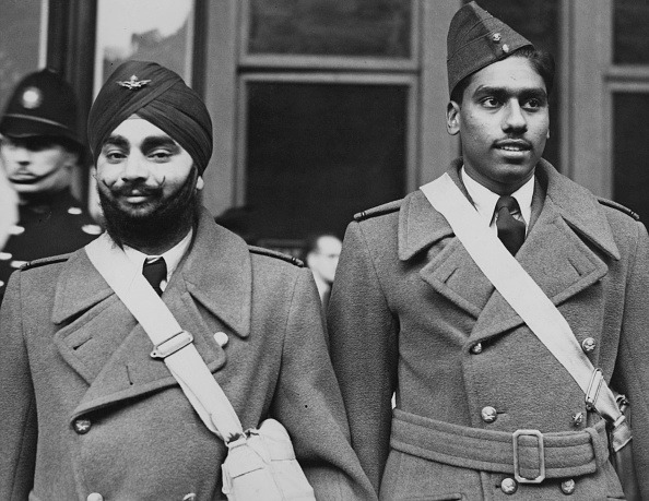 Indian Subcontinent Ethnicity「Indian pilots Arrive In Britain 1940」:写真・画像(1)[壁紙.com]