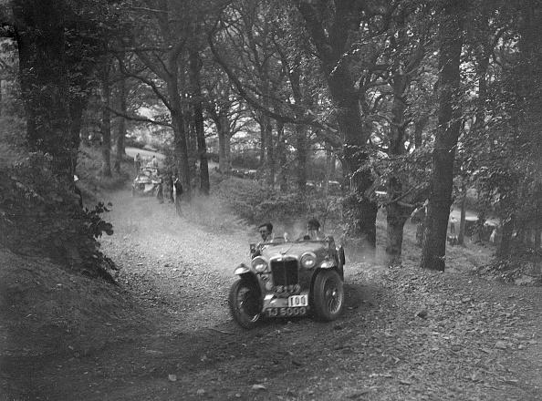 Country Road「Cream Cracker Team MG PA of JM Toulmin, winner of the B&HMC Brighton-Beer Trial, 1934」:写真・画像(11)[壁紙.com]