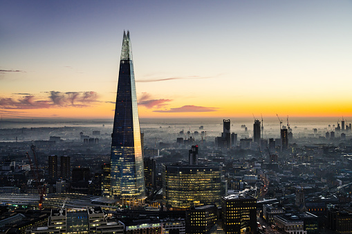 Tall - High「The Shard skyscraper in London」:スマホ壁紙(17)