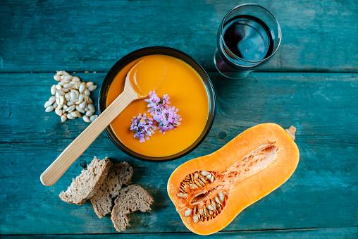 カボチャ「Bowl of creamed pumpkin soup」:スマホ壁紙(7)