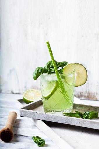 Mortar and Pestle「Gin basil smash with lime」:スマホ壁紙(12)