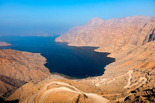 Oman「Khor Najd fjord in Musandam Oman」:スマホ壁紙(18)