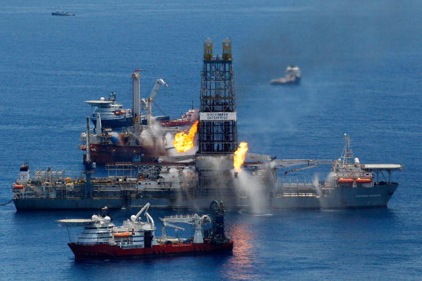 Deepwater Horizon「Louisiana Battles Continued Spread Of Oil In Its Waters And Coastline」:写真・画像(14)[壁紙.com]