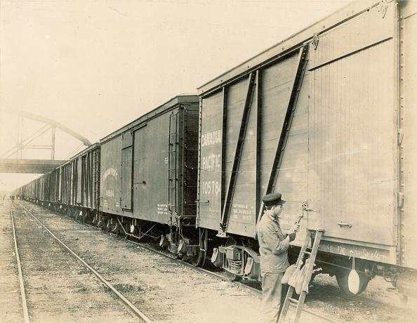 Sepia Toned「Winnipeg Grain Train」:写真・画像(12)[壁紙.com]