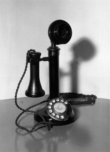 Old-fashioned「Telephone」:写真・画像(1)[壁紙.com]