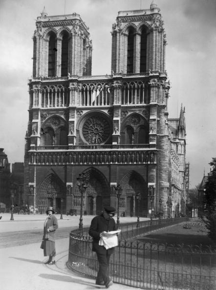 Arch - Architectural Feature「Notre Dame」:写真・画像(7)[壁紙.com]
