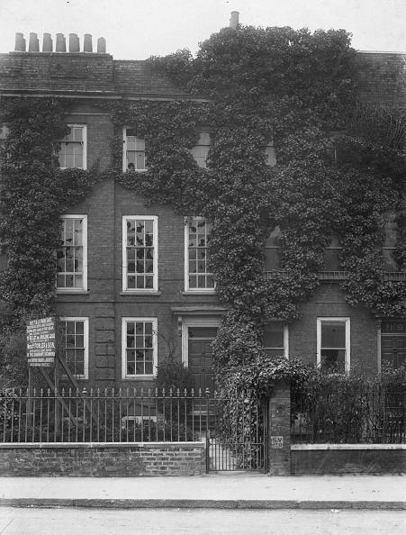 Townhouse「A Writer's Home」:写真・画像(15)[壁紙.com]