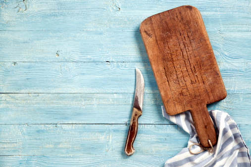 Kitchen Utensil「Old cutting board and knife」:スマホ壁紙(16)