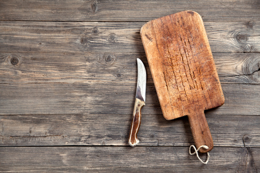 Old-fashioned「Old cutting board and knife」:スマホ壁紙(14)