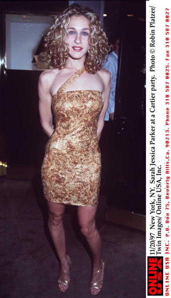 Strappy Shoe「11/20/97 New York, NY. Sarah Jessica Parker at a Cartier party.」:写真・画像(0)[壁紙.com]