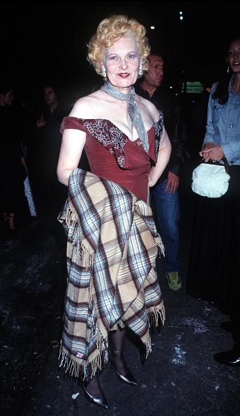 Tartan check「Vivienne Westwood At Float's After Party For Her Spring/Summer 2000 Red Label」:写真・画像(6)[壁紙.com]