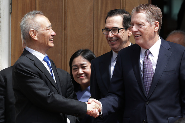 Trader「Chinese Delegation Meets With US Trade Representative Lighthizer On Tariffs」:写真・画像(15)[壁紙.com]