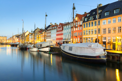 Danish Culture「Nyhavn, Copenhagen, Denmark」:スマホ壁紙(5)