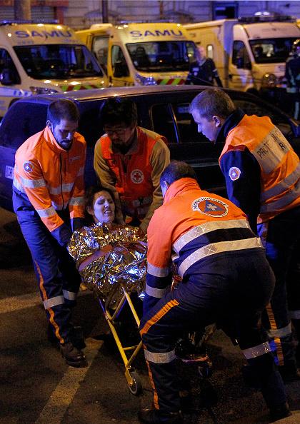 パリ「Many Dead After Multiple Shootings In Paris」:写真・画像(8)[壁紙.com]