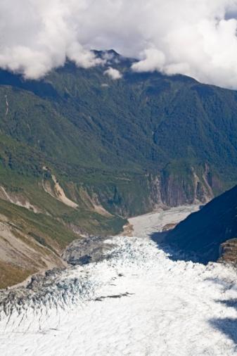 Franz Josef Glacier「Glacier in the mountains of New Zealand」:スマホ壁紙(18)
