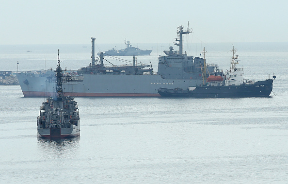Ship「Tensions Grow In Crimea As Diplomatic Talks Continue」:写真・画像(9)[壁紙.com]
