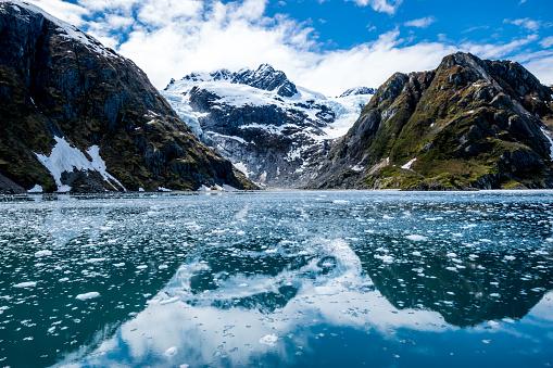 Cruise - Vacation「Mountain range and glacier」:スマホ壁紙(16)