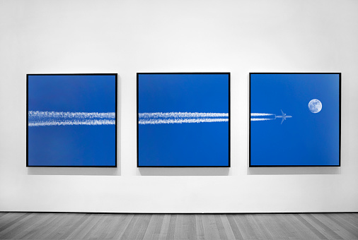 Wall - Building Feature「Three photographs of jet plane in three frames.」:スマホ壁紙(18)