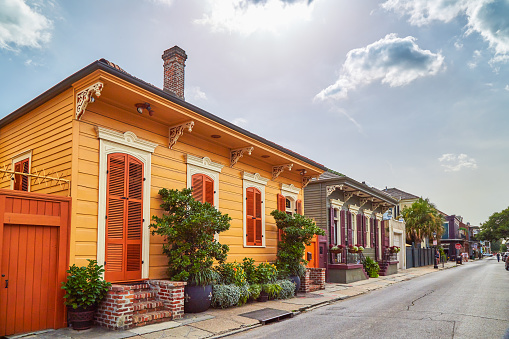 New Orleans「Colorful houses in French Quarter」:スマホ壁紙(8)