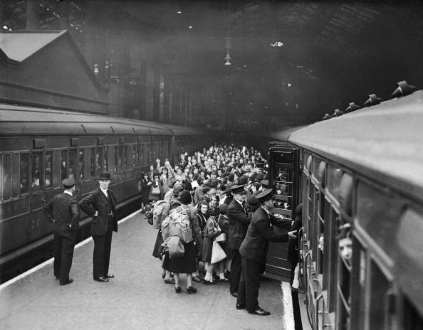 Evacuation「Leaving London」:写真・画像(4)[壁紙.com]