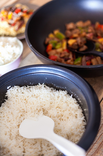 Basmati Rice「Sweet and sour pork with veggies and fruits, served with rice」:スマホ壁紙(14)