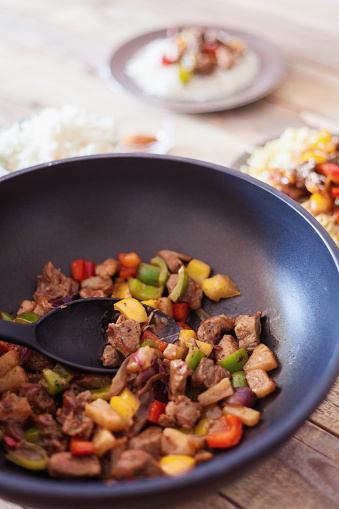 Basmati Rice「Sweet and sour pork with veggies and fruits, served with rice」:スマホ壁紙(11)