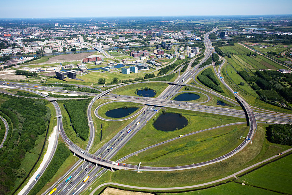 Netherlands「Oudenrijn Intersection, Utrecht, connecting the A2 and A12 motorways, Holland」:写真・画像(9)[壁紙.com]