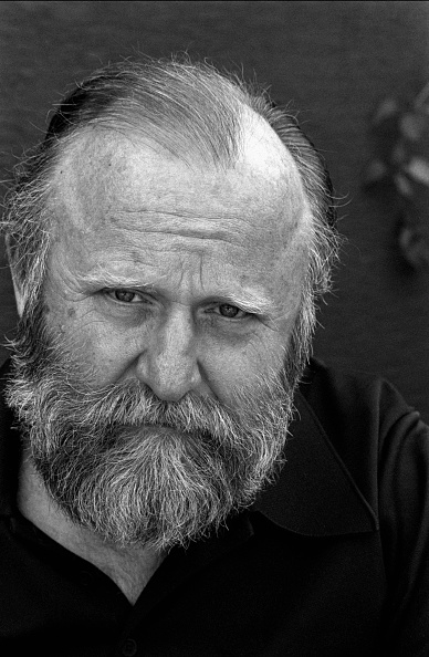 Author「Frank Herbert Portrait」:写真・画像(13)[壁紙.com]