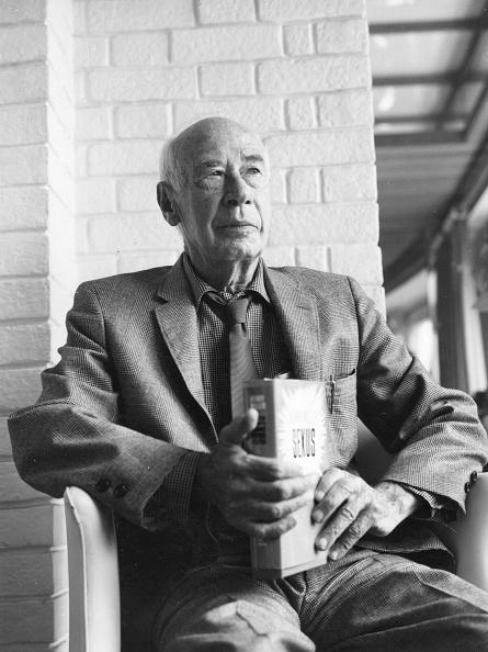 作家「Henry Miller」:写真・画像(6)[壁紙.com]