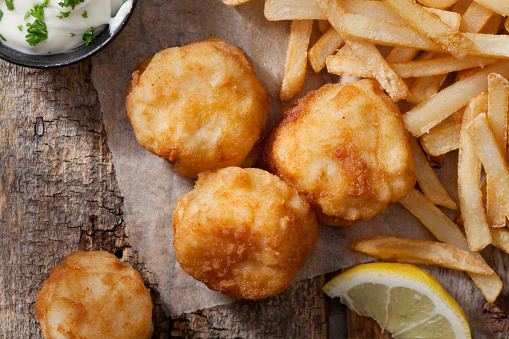 Poached Food「Deep Fried Sea Scallops with French Fries, Tartar Sauce and Lemon」:スマホ壁紙(13)