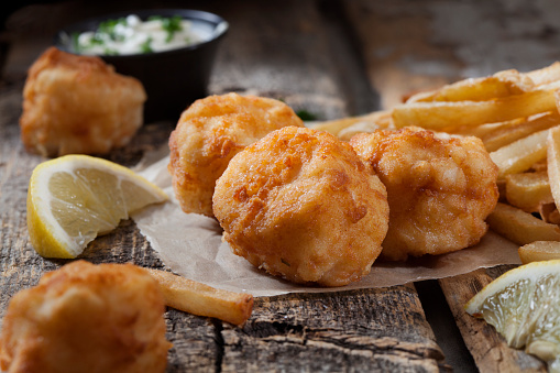 Poached Food「Deep Fried Sea Scallops with French Fries, Tartar Sauce and Lemon」:スマホ壁紙(9)