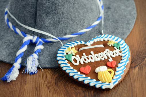Gingerbread Cookie「Oktoberfest Gingerbread Cookie with hat」:スマホ壁紙(3)
