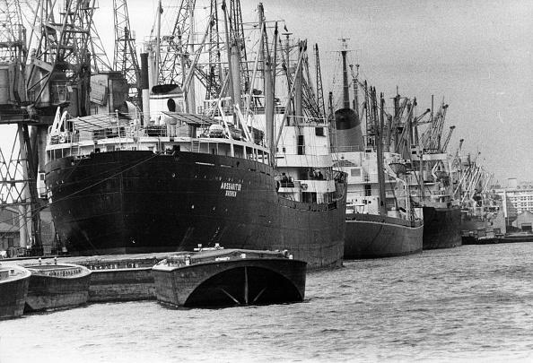 Construction Equipment「Royal Victoria Docks」:写真・画像(9)[壁紙.com]