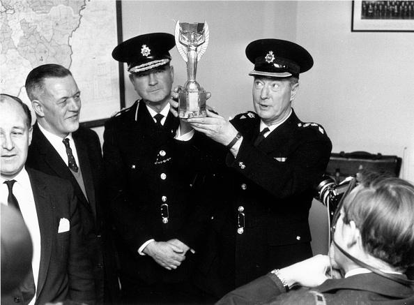 Sport「Police And World Cup」:写真・画像(7)[壁紙.com]