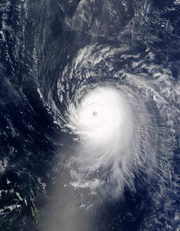 Hurricane Ike「September 4, 2008 - Hurricane Ike off the Lesser Antilles at 14:40 UTC.」:スマホ壁紙(17)