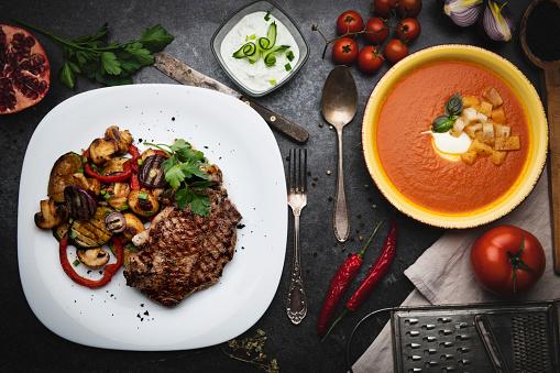 Porterhouse Steak「Grilled meat and vegetables」:スマホ壁紙(17)