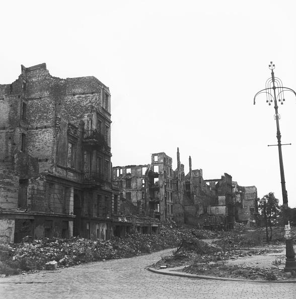 Hamburg - Germany「Bombed Out Hamburg」:写真・画像(18)[壁紙.com]