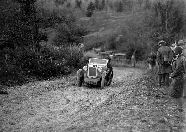 Country Road「Austin 7 Boyd Carpenter 2-seater sports of GBL Willis taking part in the Inter-Varsity Trial, 1930」:写真・画像(15)[壁紙.com]