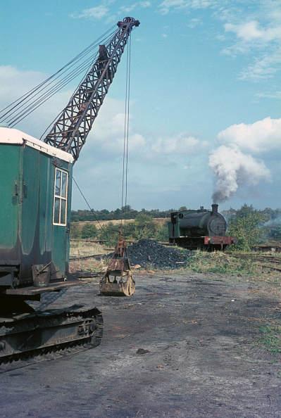 Construction Equipment「A scene on the Nassington ironstone mine in Northamptonshire with one of the system's 16 Hunslet 0-6-0STs. 1970」:写真・画像(18)[壁紙.com]