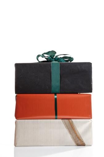 プレゼント「Stacked gift parcels」:スマホ壁紙(9)