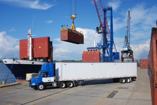 Pier「Shipping and Trucking Transportation Industry」:スマホ壁紙(8)
