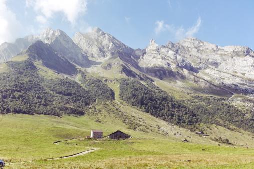 Agricultural Building「Col D'Aravis, Haute Savoie」:スマホ壁紙(7)