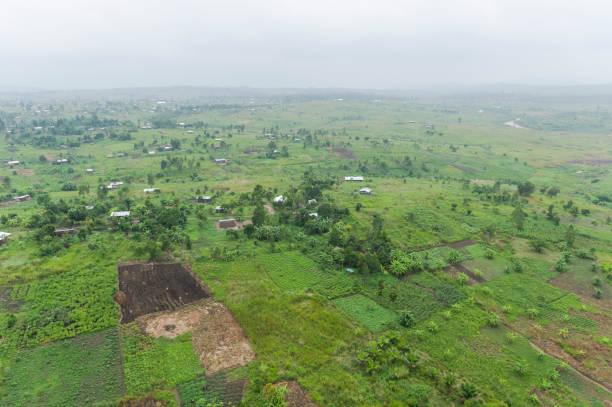 Rural landscape near Bunia, Ituri Province, Democratic Republic of the Congo:スマホ壁紙(壁紙.com)
