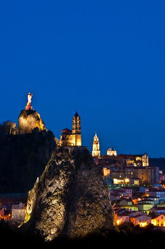 Rock Music「Le Puy-en-Velay in France」:スマホ壁紙(11)