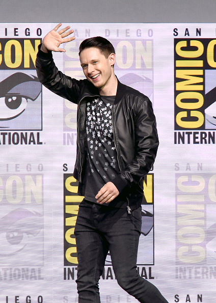 Wave「Comic-Con International 2017 - Dirk Gently's Holistic Detective Agency: BBC America Official Panel」:写真・画像(18)[壁紙.com]