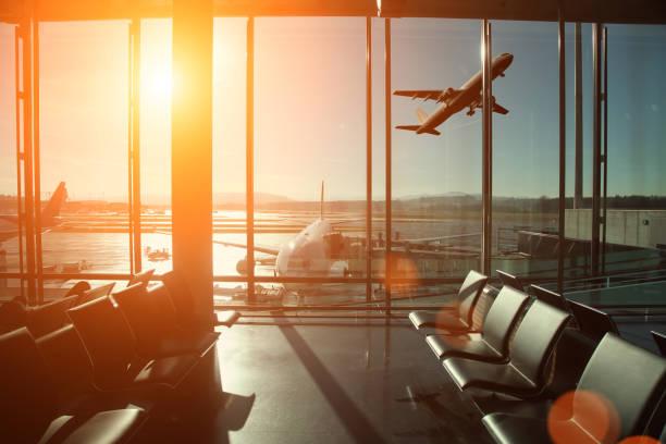 Airport interior travel airplane take off:スマホ壁紙(壁紙.com)
